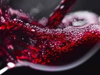 Малиново и ягодово вино